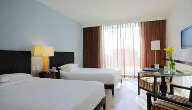 Habitación deluxe doble Hotel Krystal Grand Punta Cancún Cancún