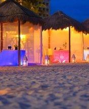 Cena romántica en la playa Hotel Krystal Grand Punta Cancún Cancún