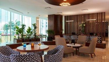 Recepción Hotel Krystal Grand Punta Cancún Cancún