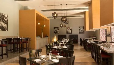 Restaurante Ayami Hotel Krystal Grand Punta Cancún Cancún